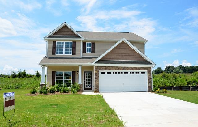 Cuál es el precio promedio por pie cuadrado en una casa y porque es importante saberlo?