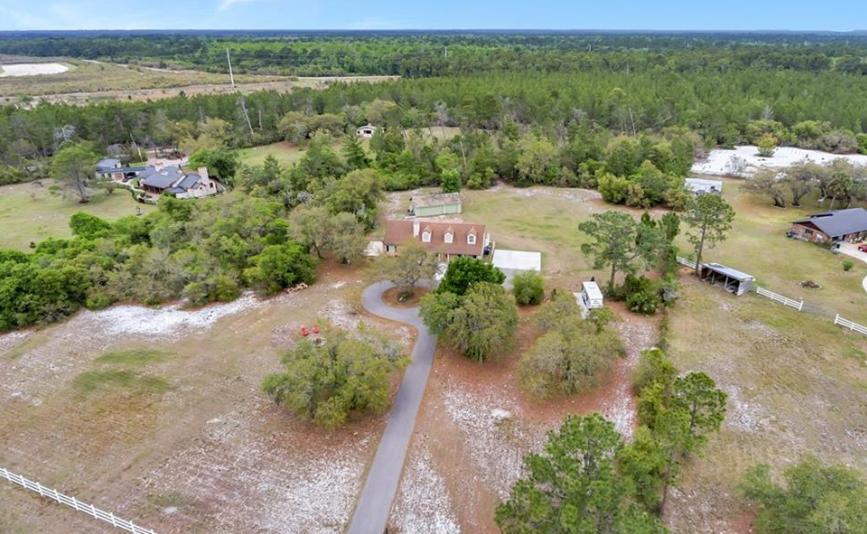 casa con 5 acres de terreno